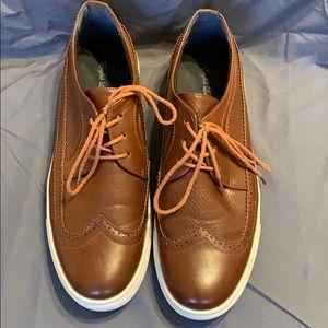 Brown men's dress shoes